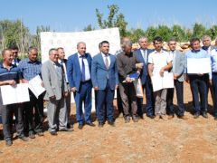 Silifke'de iyi tarım uygulamaları sertifika dağıtım ve tarla günü etkinliği