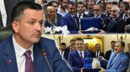 Tarım ve Orman Bakanlığı'na getirilen Bekir Pakdemirli, görevi Fakıbaba ve Eroğlu'ndan devraldı