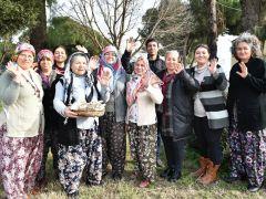 İzmirli Kadınlar İstiridye Mantarı Üretimini Çok Sevdi
