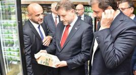 Vatandaşı çiftçi ürünleriyle buluşturacak market Etimesgut'ta açıldı